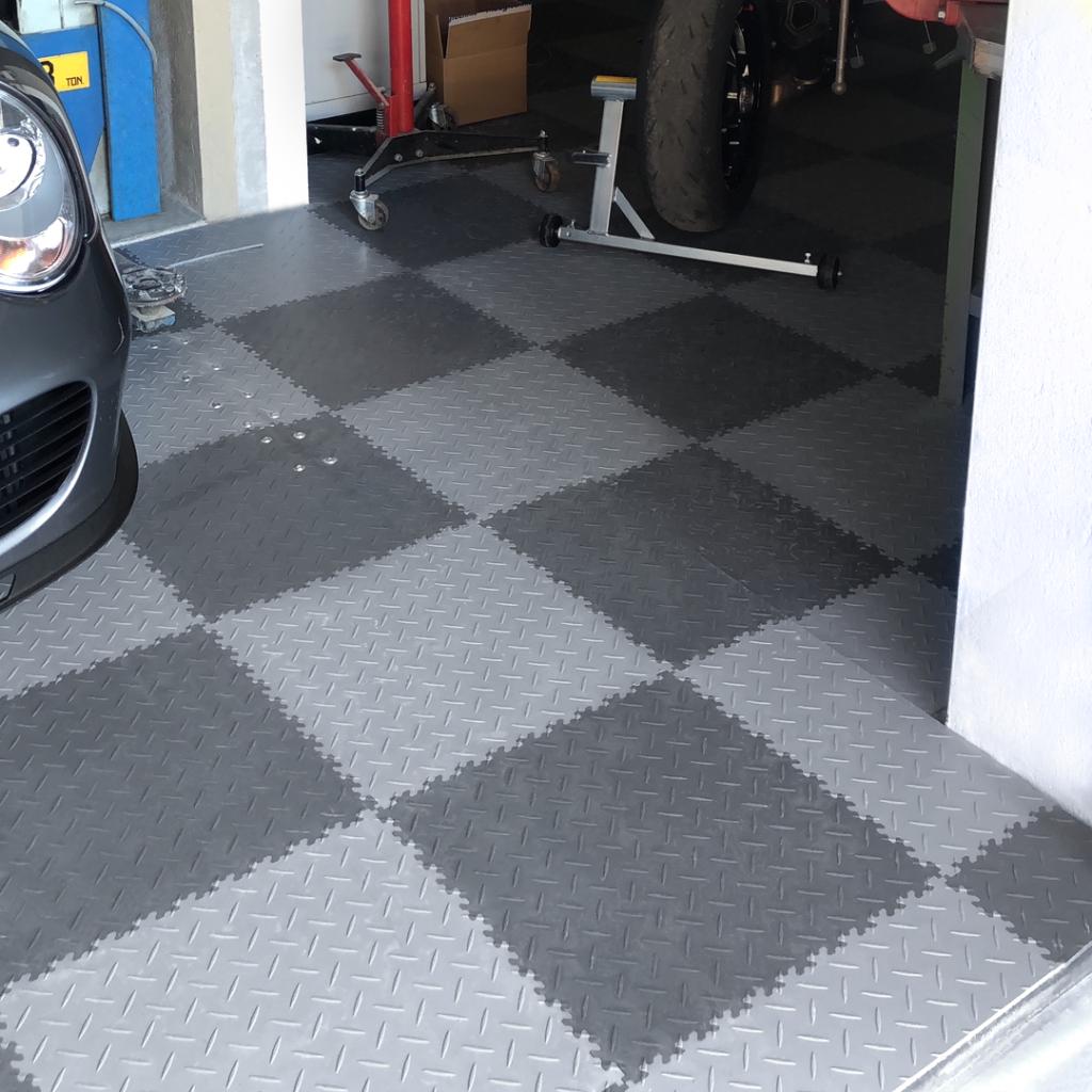 Garage, Switzerland